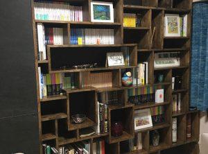 ゴムの本棚