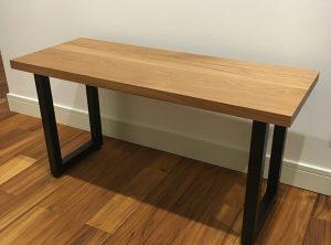 オークの鉄脚テーブル