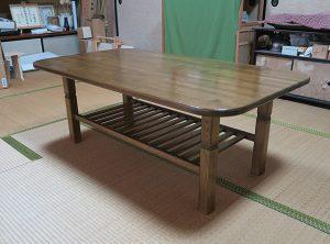 タモ材でテーブル