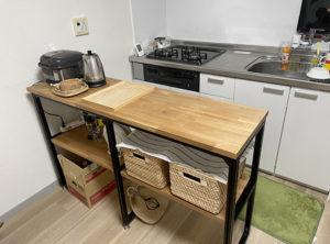 収納棚兼作業スペース