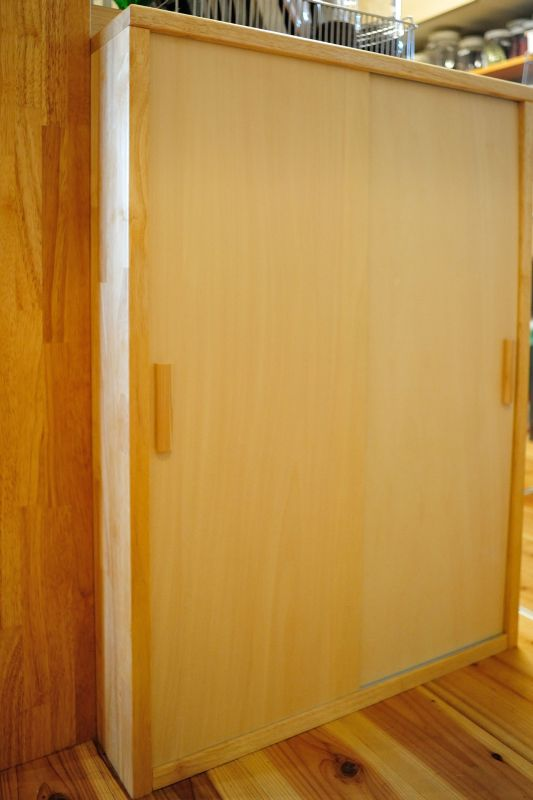 キッチン引戸棚.jpg